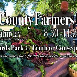 Featuring delicious local produce, fresh baked goods, artisan crafts, and live music